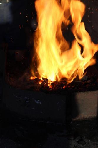 Das Fuer brennt wieder